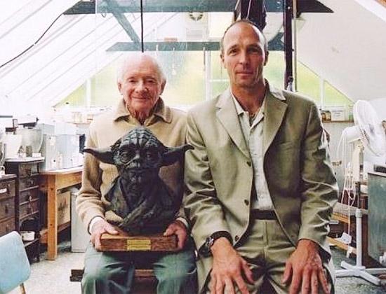 Aos 98 anos, morre maquiador que criou visual do mestre Yoda