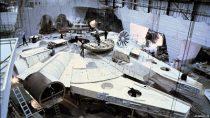 Rumor: Construção de Millennium Falcon está em andamento para Episódio VII