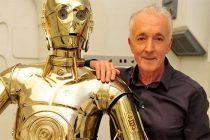 Anthony Daniels fala sobre C-3PO e as diferenças entre usar um traje e efeitos especiais