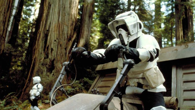 Vídeo do set de Han Solo mostra Scout Trooper