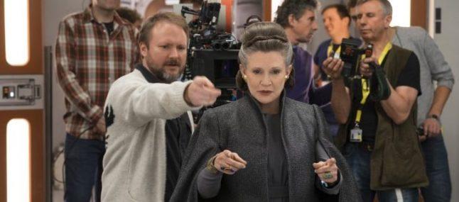 """Mark Hamill diz que papel de Leia no roteiro original do Episódio 9 era """"central"""""""