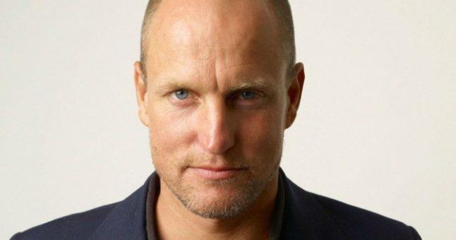 """Woody Harrelson confessa que chegou a recusar papel no filme: """"Decisão burra"""""""