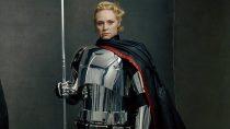 Gwendoline Christie fala sobre traje da Capitã Phasma