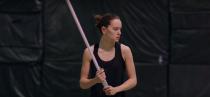 Novo vídeo mostra bastidores do treinamento de Daisy Ridley